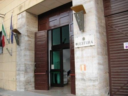 Attentato Brindisi  questura di Lecce