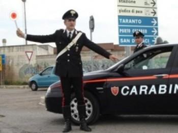 carabinieri manduria furgone cancelli rubati