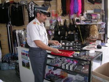 55000 prodotti sequestrati dalla GDF di Lecce