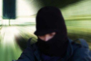 bandito-rapina-passamontagna