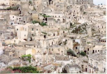 Matera_Sassi-wikipedia-commons