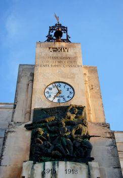 Maruggio - Monumento ai Caduti