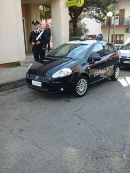 Foto - Carabinieri e  ufficio postale