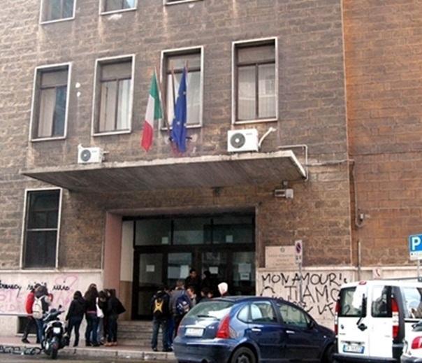 1249492_635585712671315680_Scuola_Battaglini_01_400x344