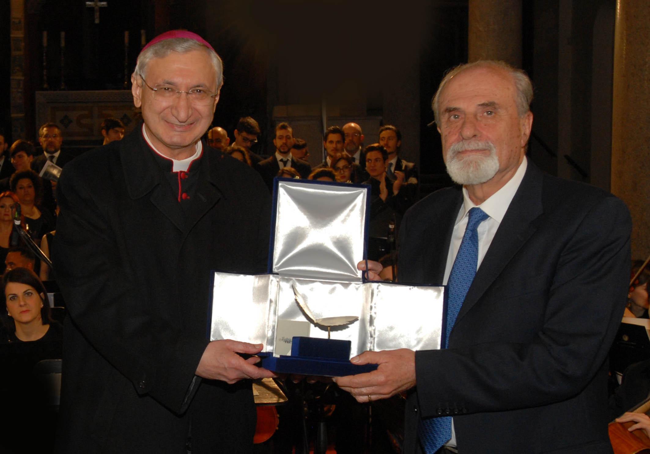 Consegna Premio Mysterium Festival