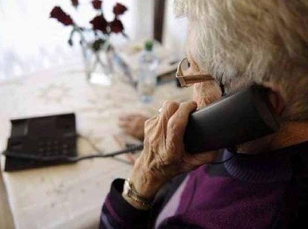 telefono anziano truffa-2