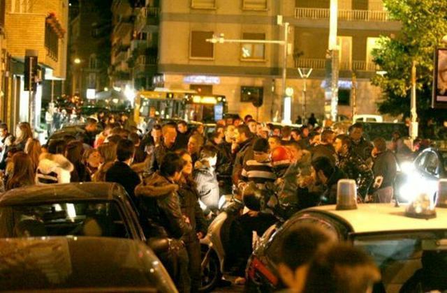 Lecce- Per non pagare il conto del ristorante scatenano il panico in pieno centro