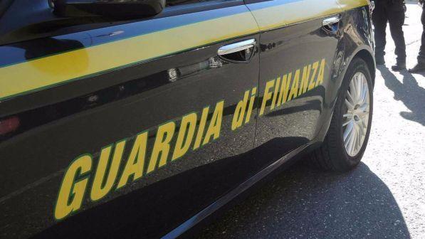 Droga: scoperto gruppo di spacciatori a Bari, arresti