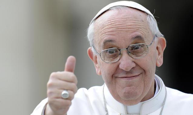 Risultati immagini per papa francesco spot per il mare della puglia