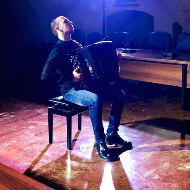 Gregorio Palummieri, fisarmonicista manduriano vince al concorso internazionale russo